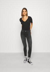 ONLY - ONLBLUSH CUT LIFE - Jeans Skinny Fit - dark grey denim - 1