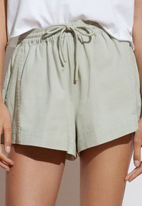 OYSHO - Shorts - light green - 2