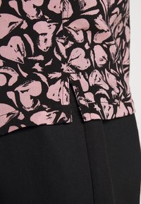 AllSaints - HEARTBREAK - Camicia - black/granite pink - 6