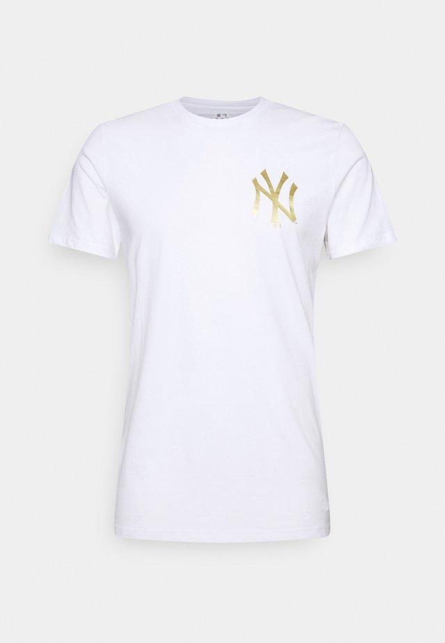 MLB NEW YORK YANKEES METALLIC TEE - Printtipaita - white