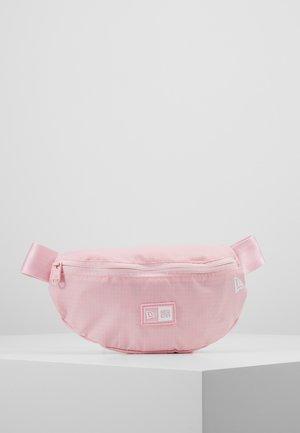KIDS WAISTPACK LIGHT - Ledvinka - pink