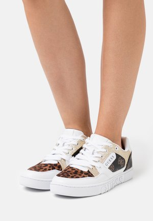 JULIEN - Sneakers laag - white/brown