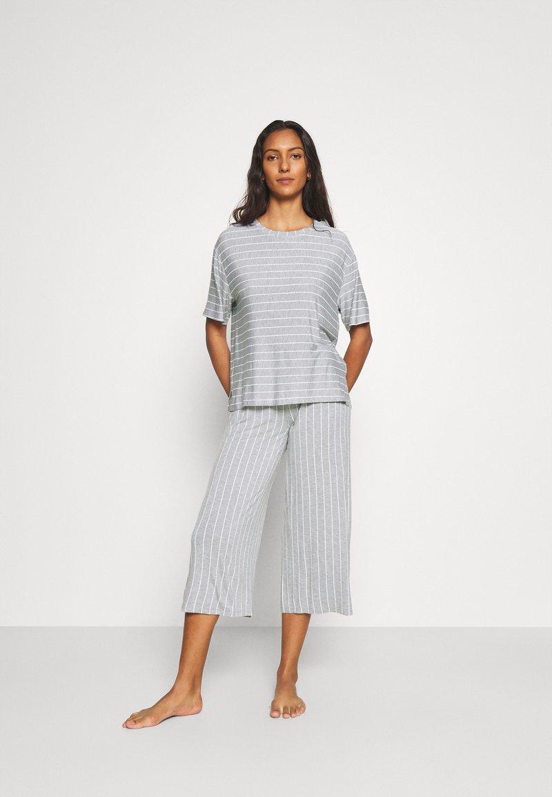 DKNY Intimates - CITY COOL - Pyjamas - grey