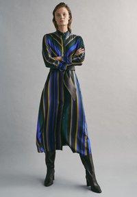Massimo Dutti - MIT STREIFENPRINT - Day dress - blue - 0