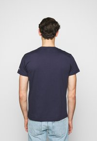 Hackett Aston Martin Racing - TEE - T-shirt print - navy - 2