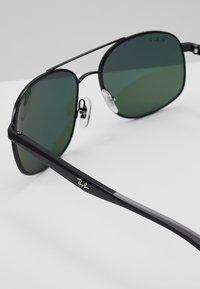 Ray-Ban - Sluneční brýle - black/polar green - 4