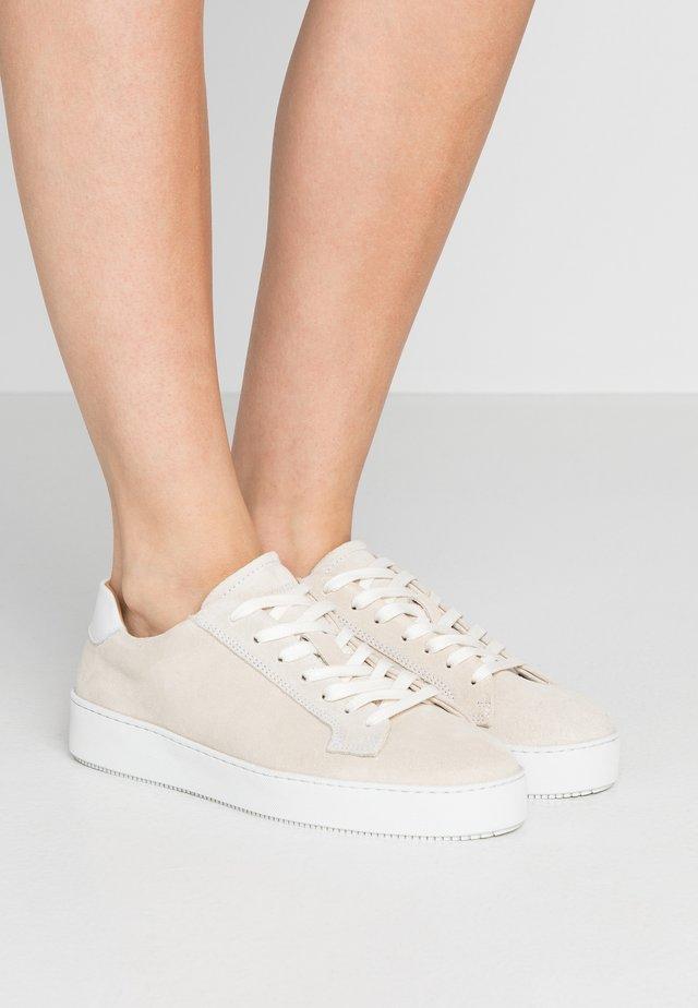 SALASI  - Sneaker low - offwhite