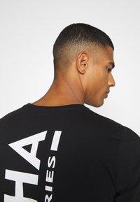 Alpha Industries - BACK PRINT HEAVY - Long sleeved top - black - 3
