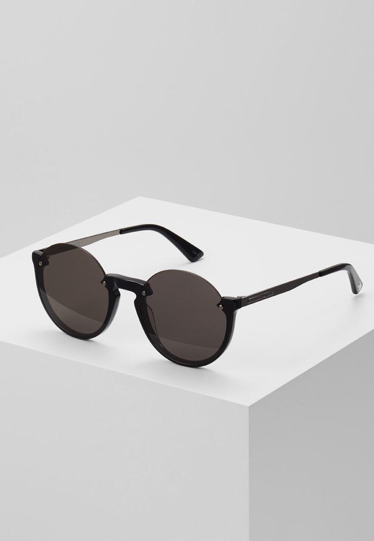 McQ Alexander McQueen - Okulary przeciwsłoneczne - black/grey