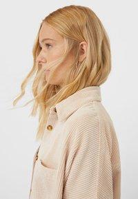 Stradivarius - Summer jacket - beige - 3
