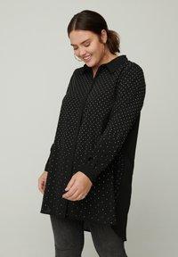 Zizzi - Button-down blouse - black - 0