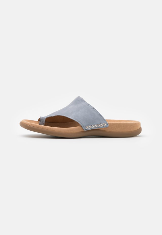 Sandaler m/ tåsplit - aquamarin