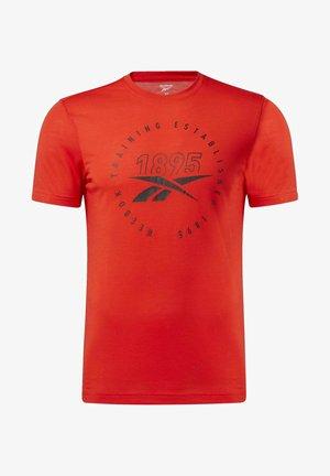GRAPHIC SERIES SPEEDWICK TEE - T-shirt z nadrukiem - red