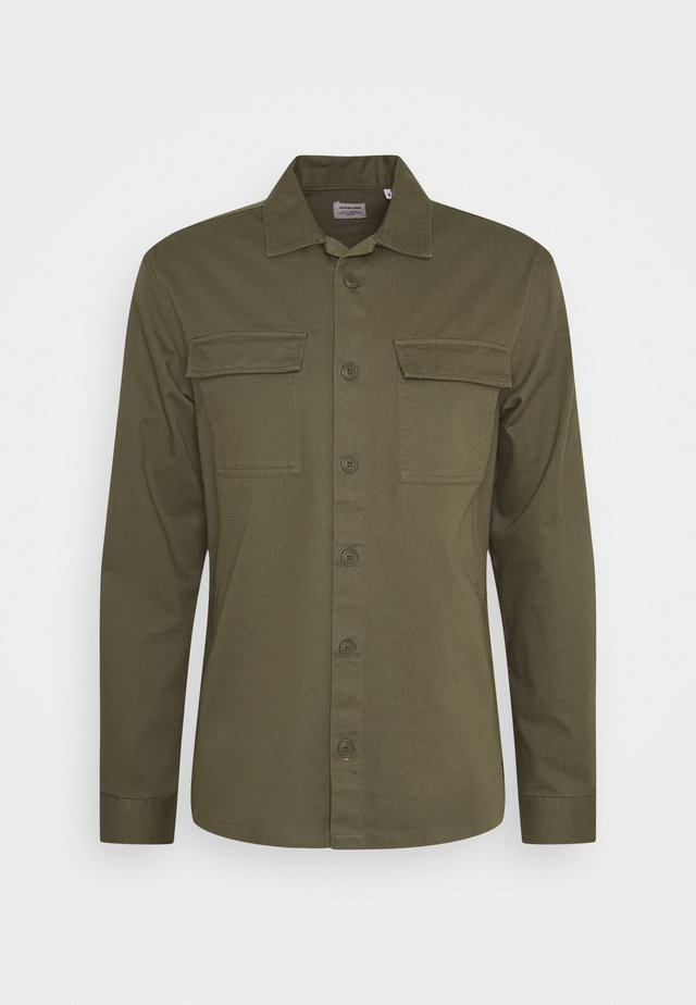 JJEWALTER  - Shirt - olive night