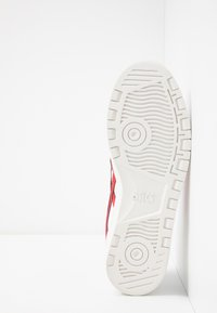 ASICS SportStyle - JAPAN UNISEX - Sneakers - white/speed red - 4