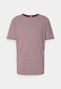 Scotch & Soda - CLASSIC CREWNECK - Print T-shirt - combo - 0