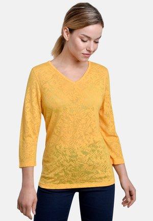 Long sleeved top - honey
