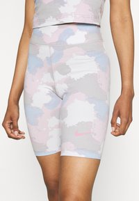 Nike Sportswear - Shorts - photon dust - 5