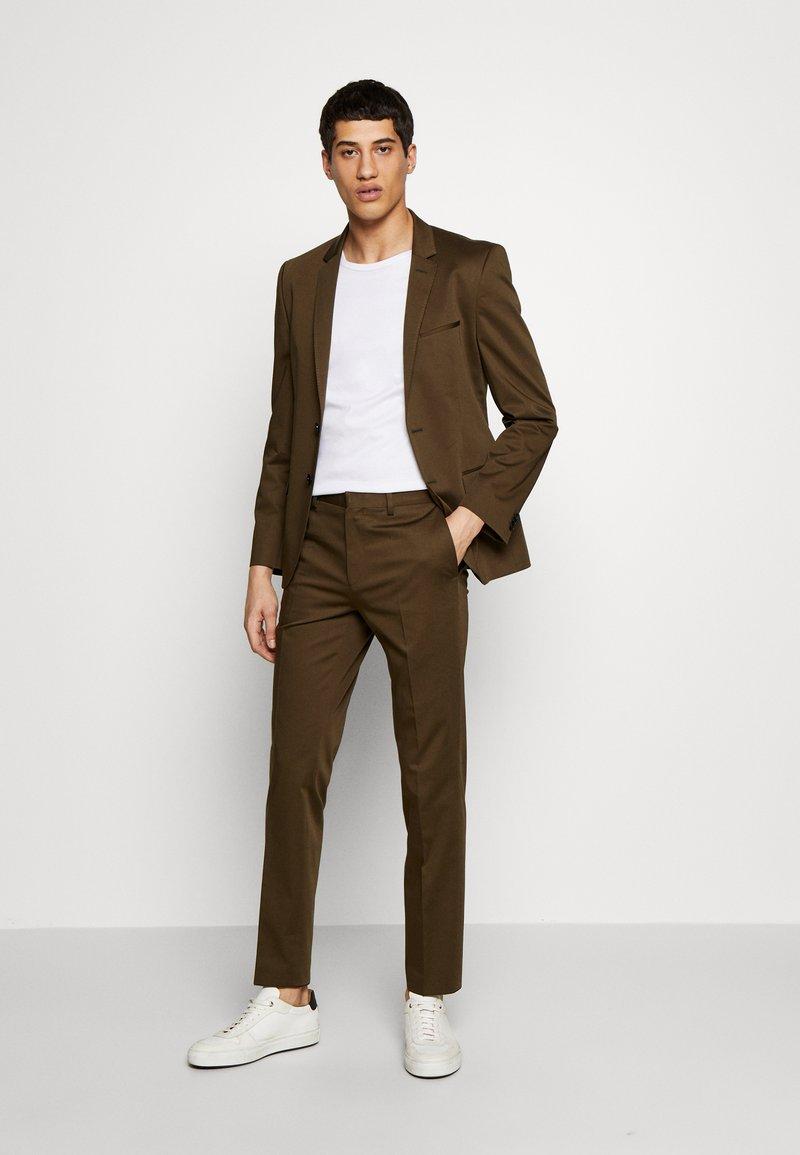 HUGO - ADD ON ASTIAN/HETS - Suit - olive