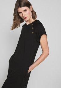 Barbour International - HURRICANE DRESS - Sukienka z dżerseju - black - 3