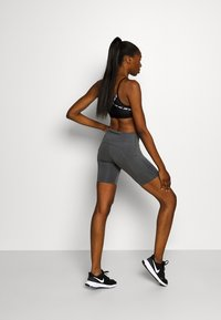 Nike Performance - FAST  - Legging - iron grey/reflective silver - 2