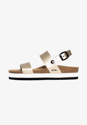 GLADSTONE - Sandały na platformie - gold