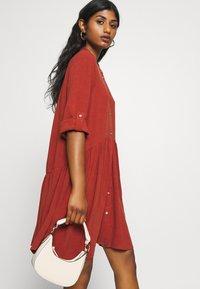 ONLY Petite - ONLCHICAGO LIFE DNMDRESS - Shirt dress - burnt henna - 3