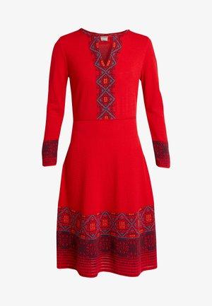 DRESS INTARSIA PATTERN - Jumper dress - red