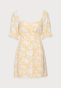 SMOCKED WAIST PAMI SHORT DRESS - Freizeitkleid - yellow