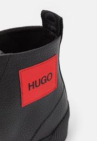 HUGO - HITO - Sneakersy wysokie - black - 5