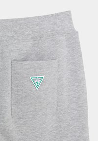 Guess - Tracksuit bottoms - light heather grey - 2