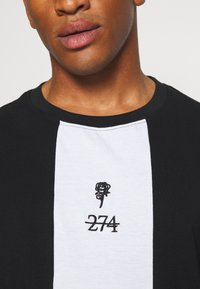 274 - ROSE TEE - T-shirt con stampa - black - 5