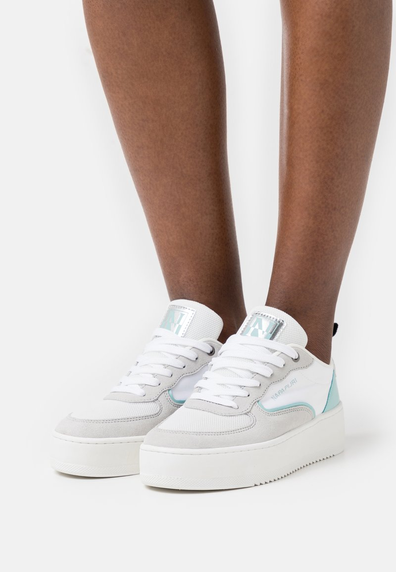 Napapijri - RIVER - Trainers - white/mint