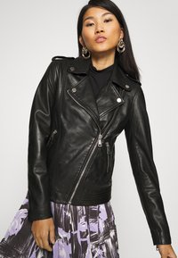 Marc O'Polo DENIM - PERFECTO - Leather jacket - black - 3