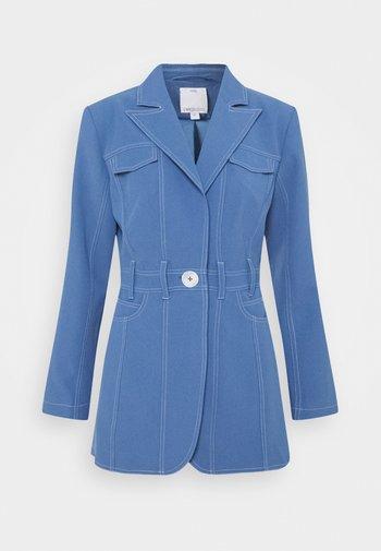 Halflange jas - washed blue