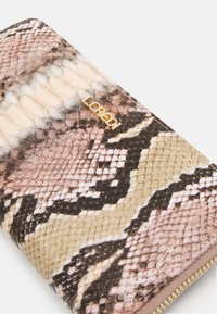 L.CREDI - GISELLE - Wallet - taupe - 4