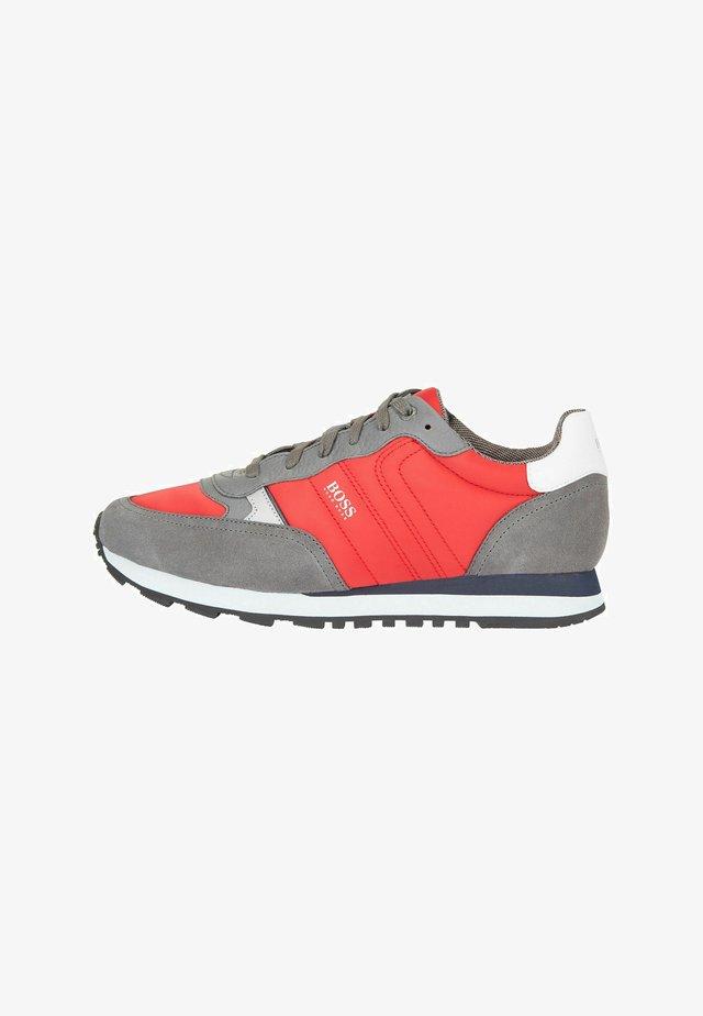 Sneakers laag - dark red