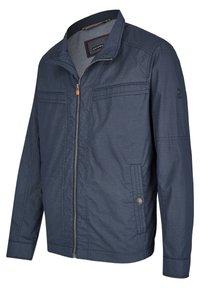 Calamar - MIT SCHUBTASCHEN - Summer jacket - blau - 2