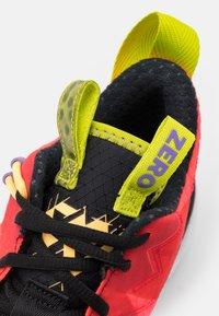 Jordan - WHY NOT SE - Scarpe da basket - bright crimson/black/university red/white/bright cactus/citron pulse - 5