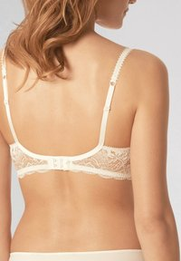 Mey - BI STRETCH BH FULL CUP SERIE LUXURIOUS - Underwired bra - champagner - 2