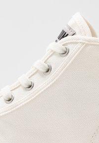 Palladium - PALLASHOCK MID  - Boots à talons - marshmallow - 2