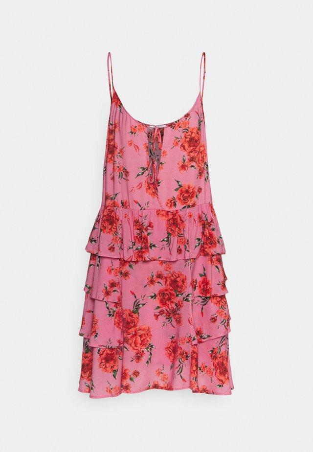 DRESS - Vestido informal - pink/red/forest green