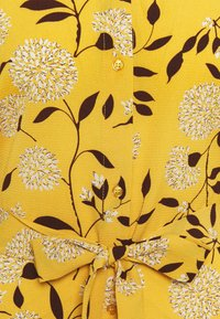 ONLY - ONLNOVA LUX  SHIRT DRESS - Skjortekjole - golden yellow/white - 6
