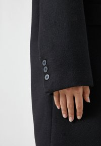 PULL&BEAR - Short coat - black - 4