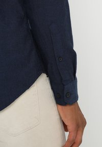 Farah - STEEN  - Overhemd - true blue - 5