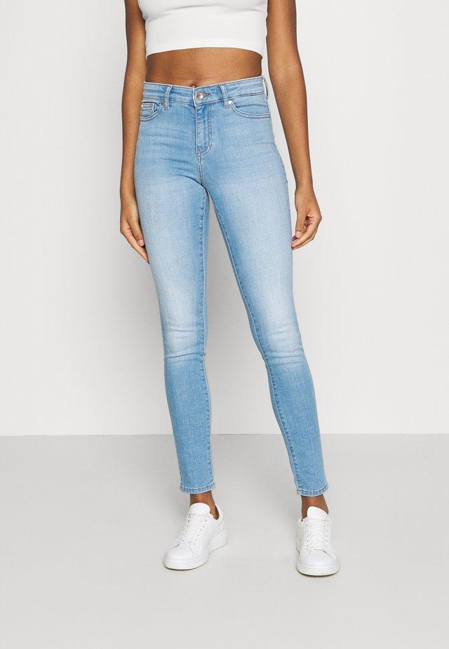 ONLANNE LIFE MID SKINNY  - Jeans Skinny Fit - light blue denim