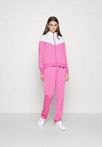 Nike Sportswear - TRACK SUIT SET - Tracksuit - pinksicle/white/black - 2