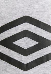 Umbro - LARGE LOGO HOODIE LOOPBACK - Sweatshirt - grey marl/black - 2