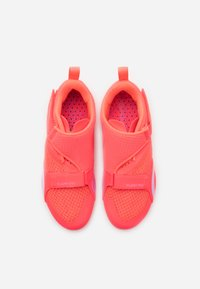 Nike Performance - SUPERREP CYCLE - Cycling shoes - flash crimson/black/beyond pink - 3