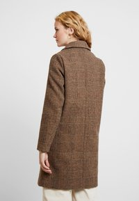 b.young - BYAMANO - Manteau classique - fossil - 2